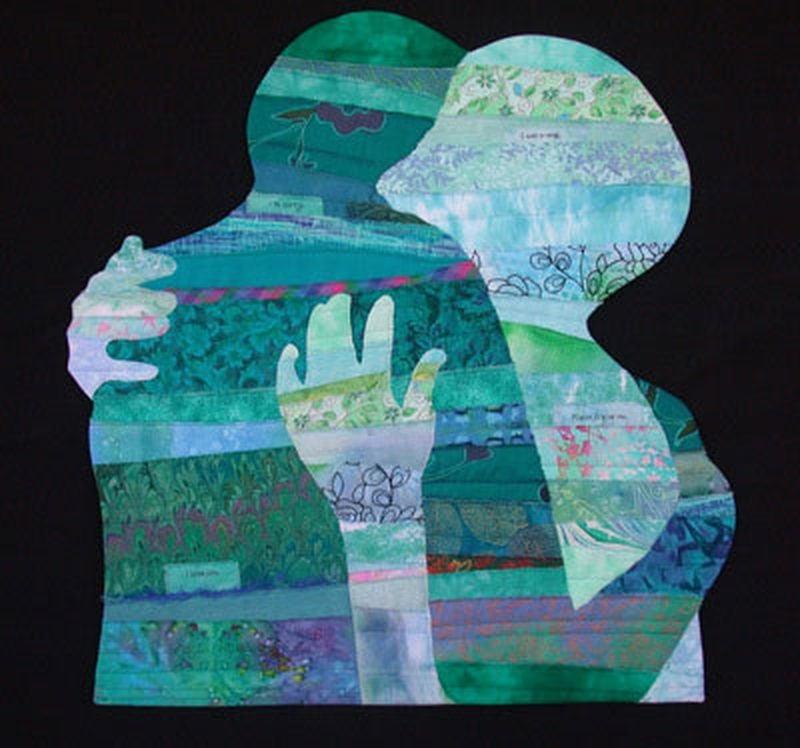 Wypełnione kolorowymi wzorami dwa kontury przytulających się i obejmujących postaci - mężczyzny i kobiety